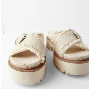 Zara sandals size 9 (40)